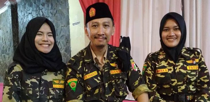 Deklarasi Jokowi: Abu Janda Ngomong, Relawan Bubar! Capek-capek Hanya Dikasih Teh Kotak