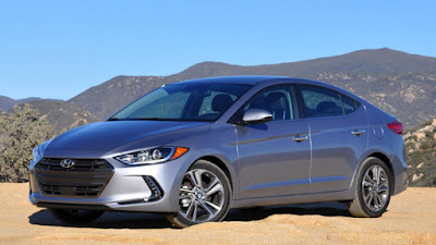 New 2017 Hyundai Elantra side angle Hd Photos 02