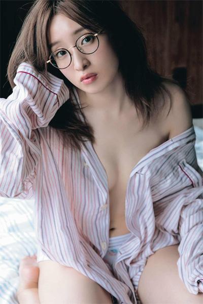 Ayaka Umeda 梅田彩佳, Weekly SPA! 2018.12.11 (週刊SPA! 2018年12月11日号)