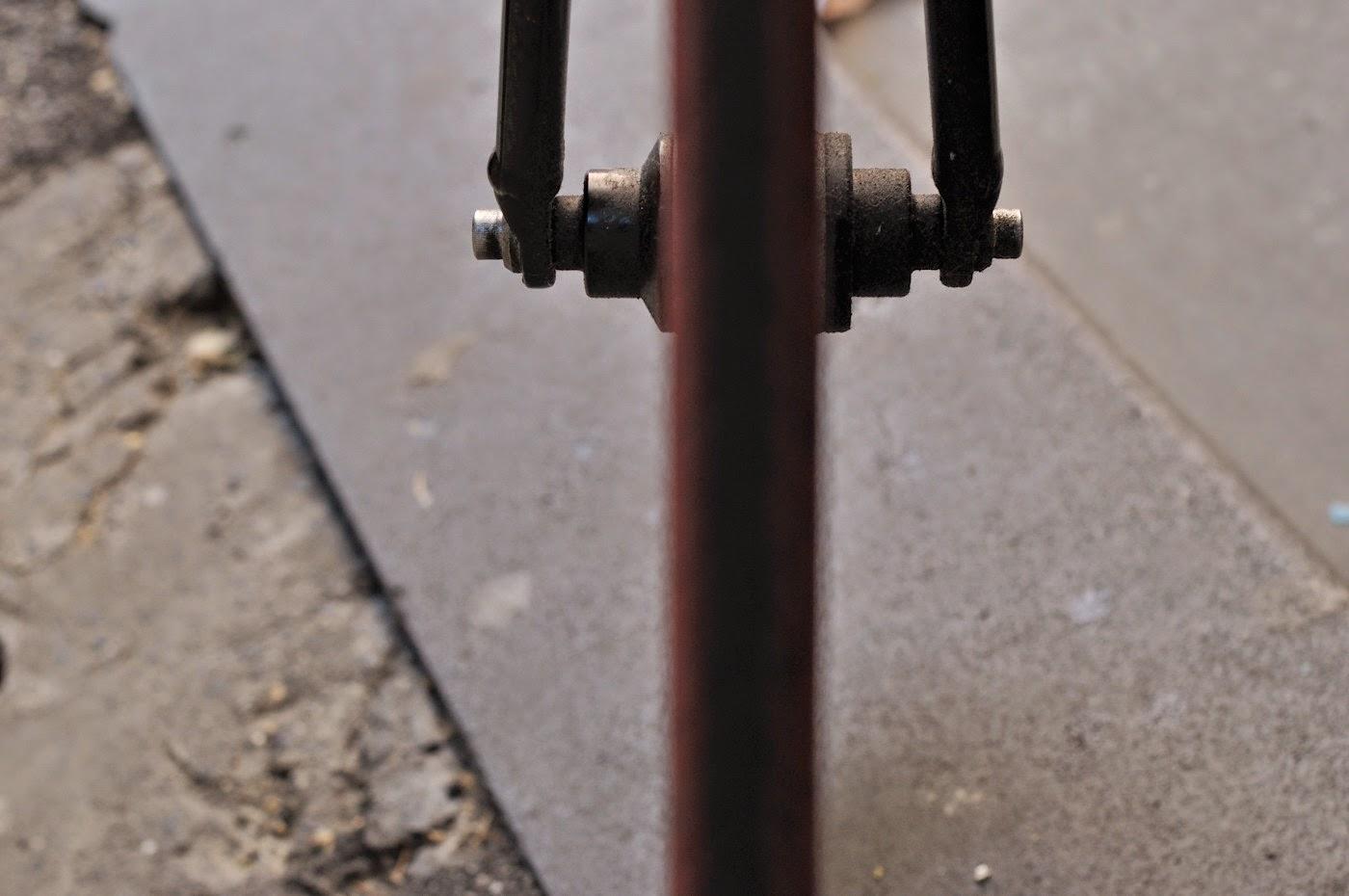 The Biketorialist, tim Macauley, the light monkey collective, cycle deal dot com, track frame, bicycle, bike, bespoke, custom, customisation, black, Melbourne, Australia
