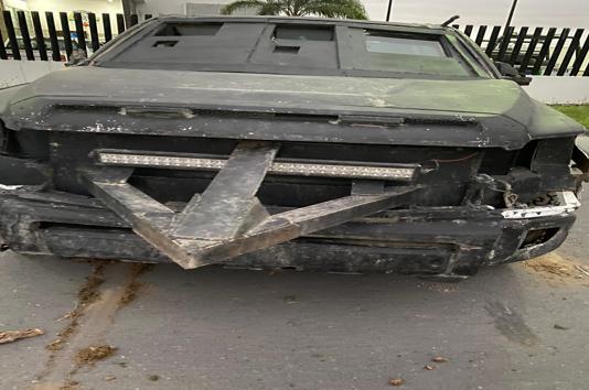FOTOS;  Camiones monstruo son decomisados en Tamaulipas, traían camuflaje y pico para atravesar coches