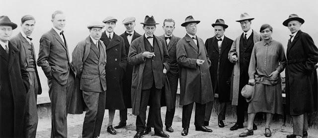 Το πνεύμα των μορφών: Πώς το Bauhaus θέλησε να αλλάξει τη ζωή