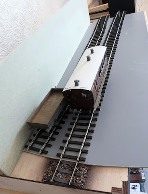 O gauge sector plate