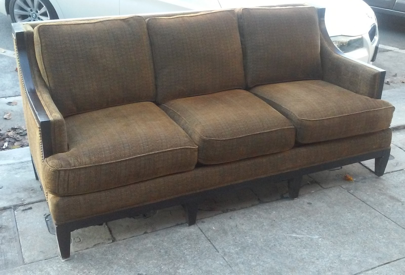 Uhuru furniture collectibles sold reduced rachlin for Reduced furniture