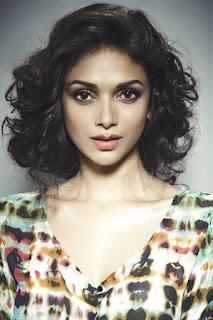 أديتي راو حيدري (Aditi Rao Hydari)، ممثلة وراقصة هندية