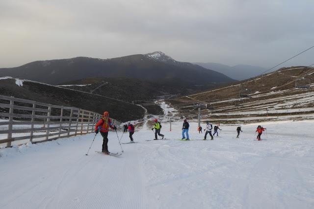 Salida tutelada SKIMO en Valdesquí