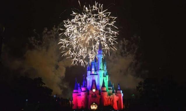 Disney remove 'meninos e meninas' da saudação do parque para ser mais inclusiva