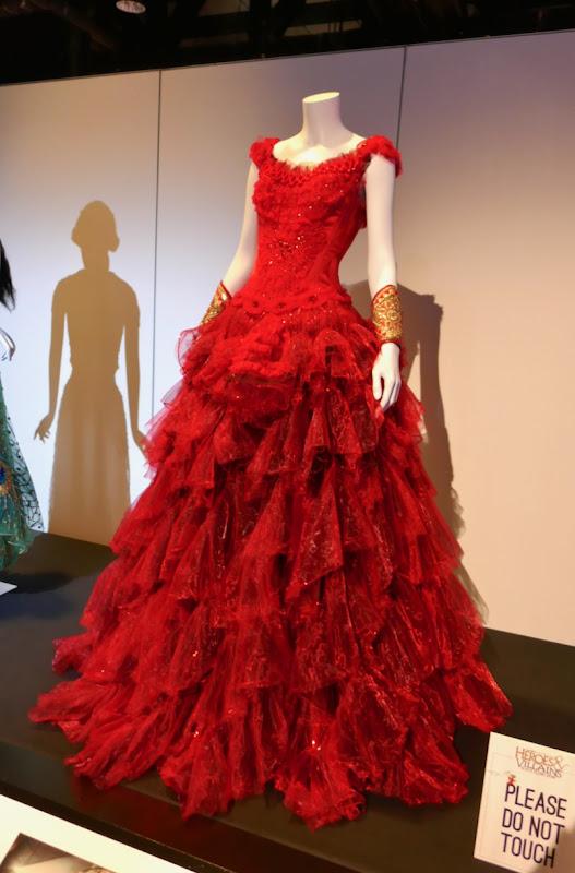 Eva Green Dumbo Colette Marchant red dress