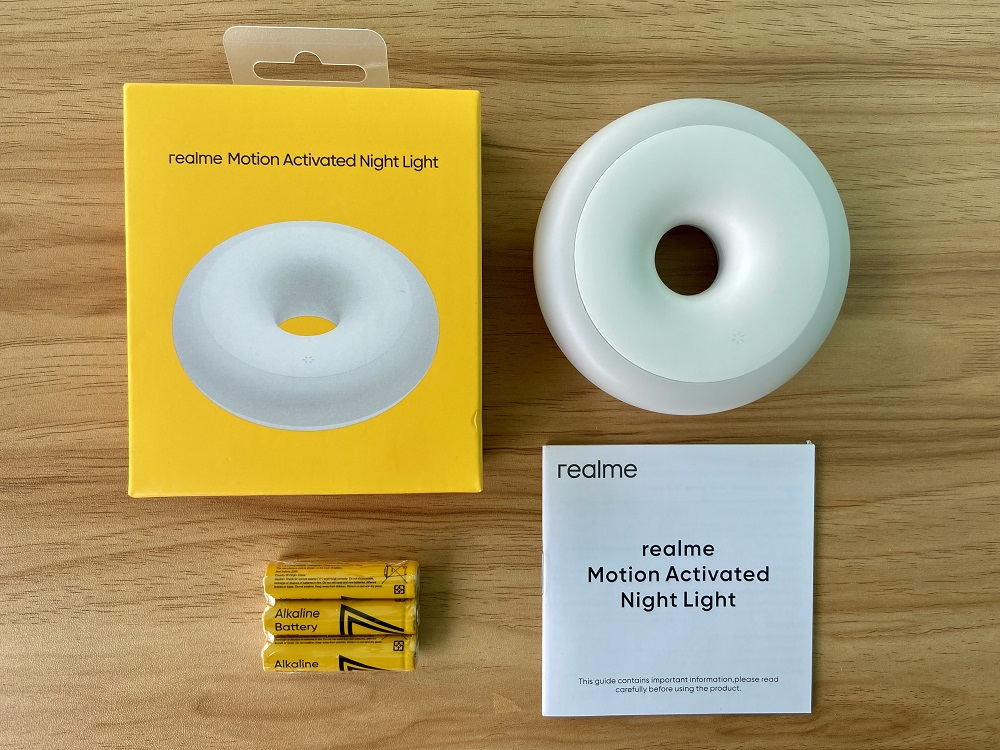 realme Motion Activated Night Light What's Inside the Box