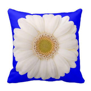 White daisy throw pillow