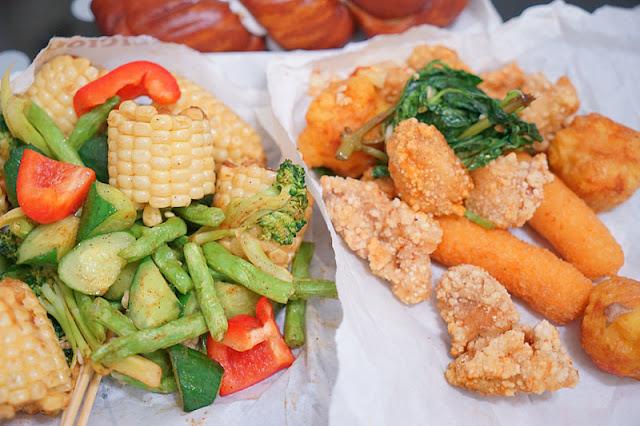 DSC09237 - 台中炸雞│買咕雞咕雞鹹酥雞老闆少給豆包卻多了玉米的奇異故事...