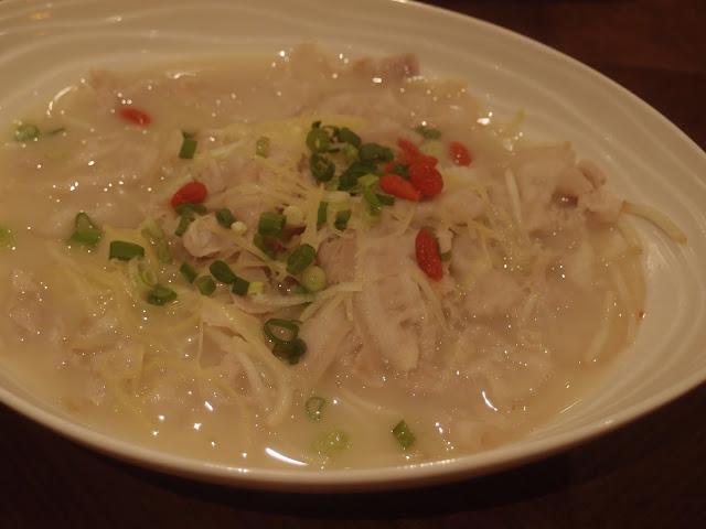 姜丝鱼汤浸花腩片