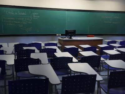 Justiça suspende liminares que impedem redução de mensalidade escolar