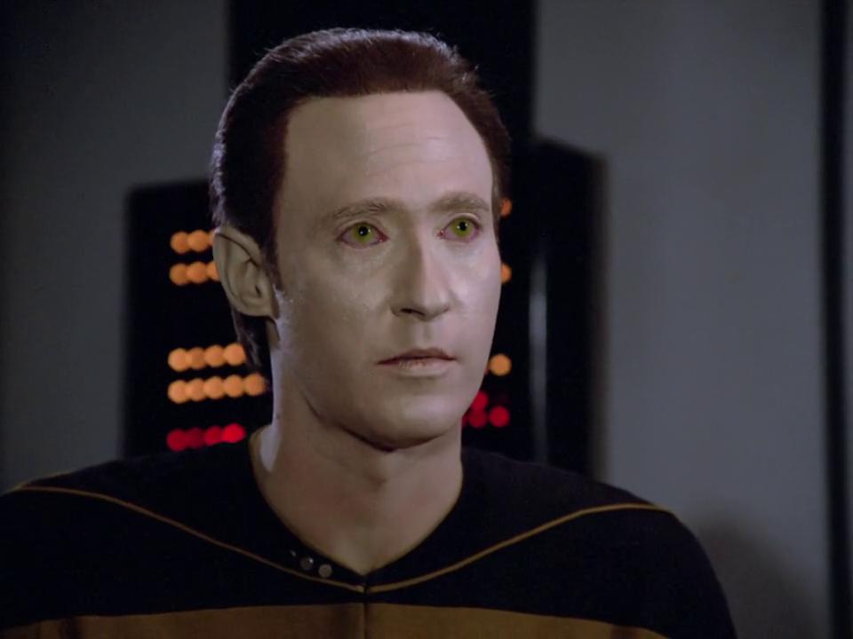 Star Trek Sci Fi Blog Star Trek Tng 11001001