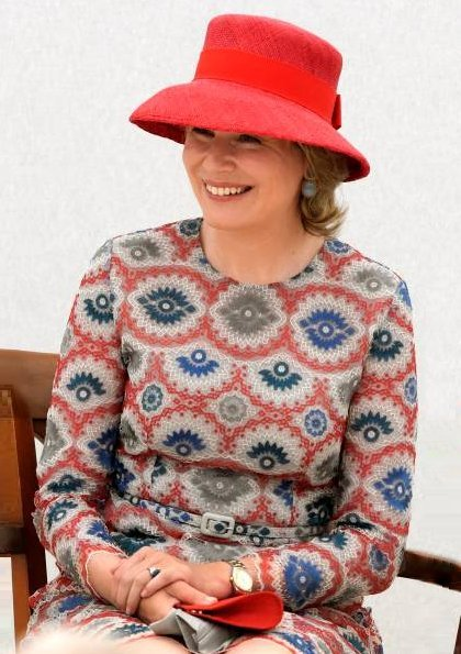 Queen Mathilde wore Natan print dress. Winner of the Queen Elisabeth Competition Stella Chen and Queen Mathilde