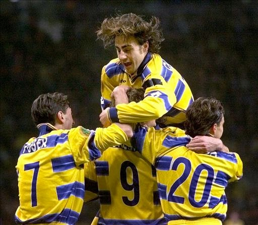 a7303b6aa2 Il Parma arriva all'appuntamento finale con una squadra fuori categoria. La  difesa è un vero bunker, con gente del calibro di Buffon, Fabio Cannavaro,  ...