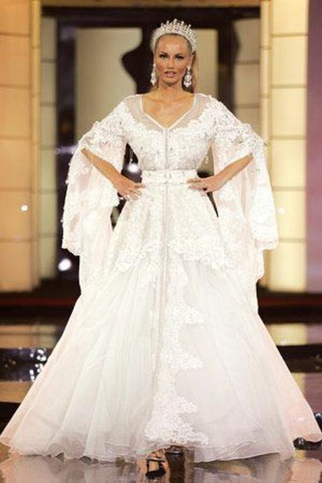Robe de mariée - Caftan 2016 couleur blanche satin bordée de perles ...