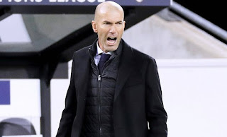 Real Madrid coach Zidane refuse to speak about seeing out his contract