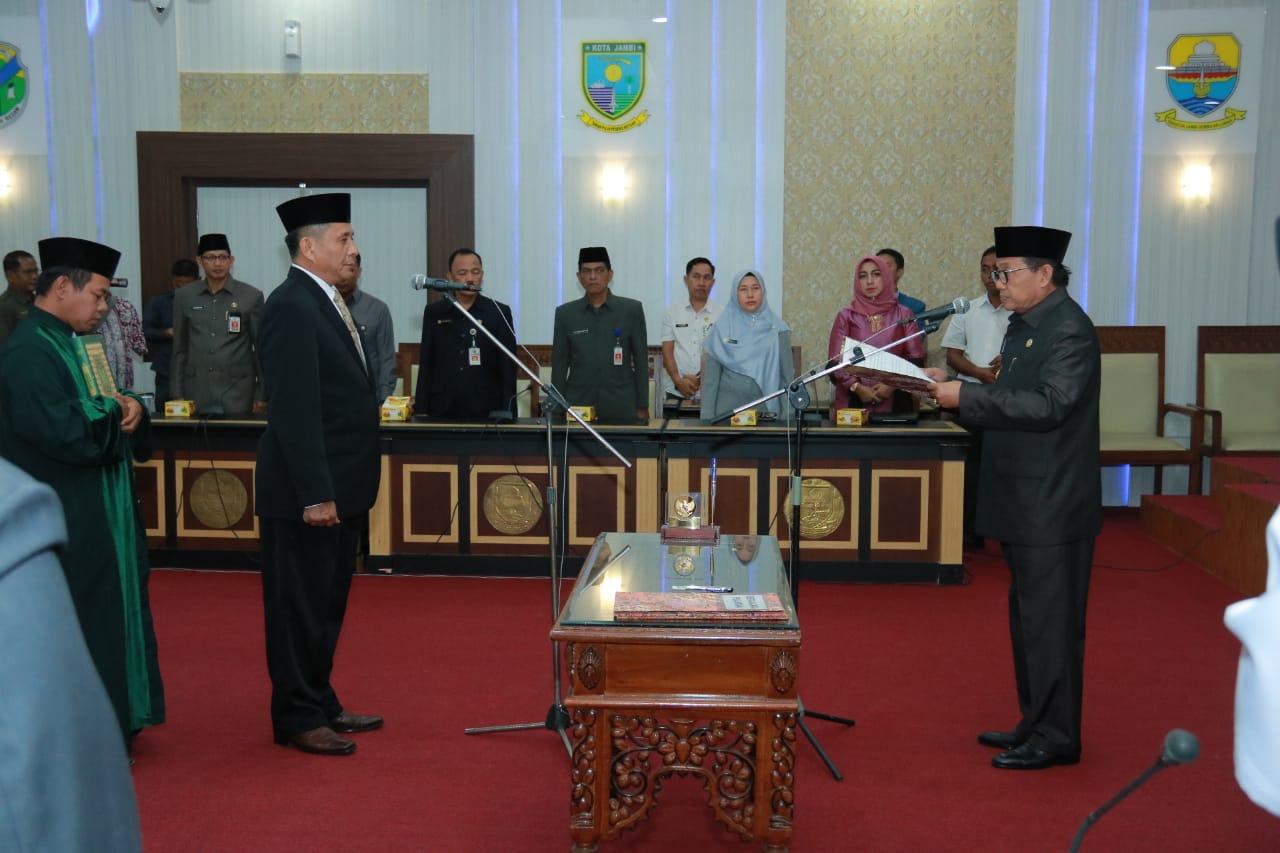 Plt Gubernur Jambi Melantik Kepala Dinas Koperasi dan UKM Provinsi Jambi