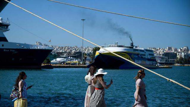 Την σταδιακή απελευθέρωση των μετακινήσεων εντός Ελλάδας,από την Δευτέρα 18 Μαΐου  ανακοίνωσε ο υφυπουργός Πολιτικής Προστασίας, Νίκος Χαρδαλιάς.