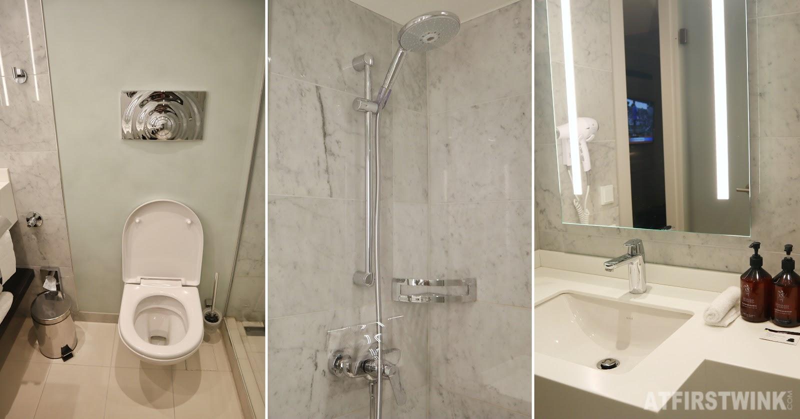 Hotel nikko dusseldorf toilet sink shower