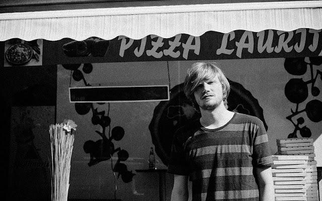 Dexter - Everyday Like This | SOTD Musikvideo des Tages im Atomlabor Blog