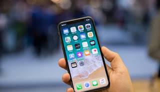 Uso de móviles en banco