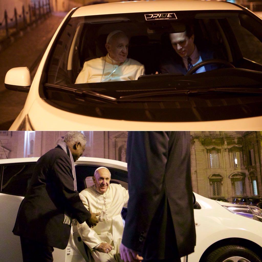 Papa Francisco escolhe o elétrico Nissan Leaf como novo carro para seus trajetos