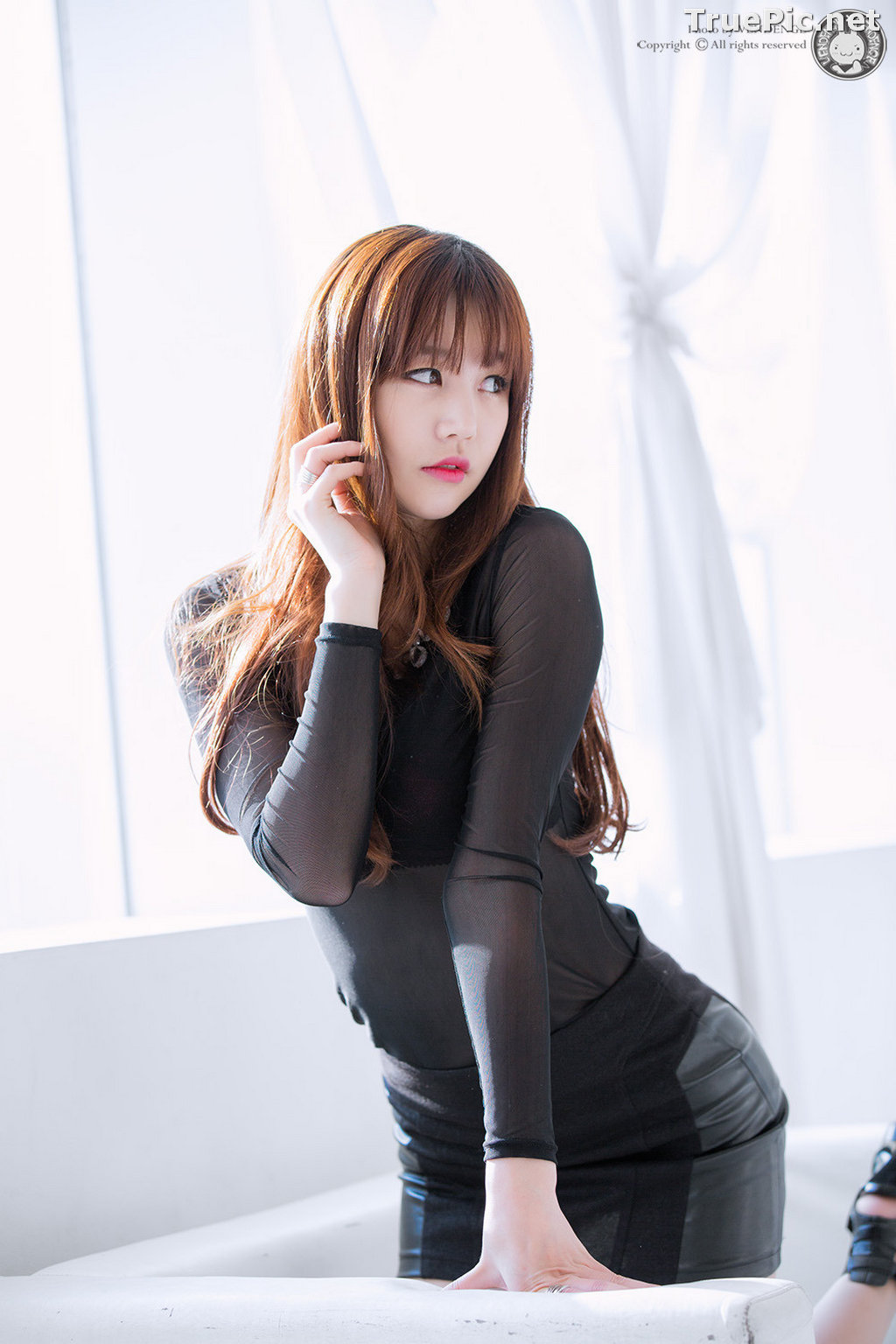 Image Korean Model - Hong Ji Yeon - Cute and Sexy In Studio - TruePic.net - Picture-10