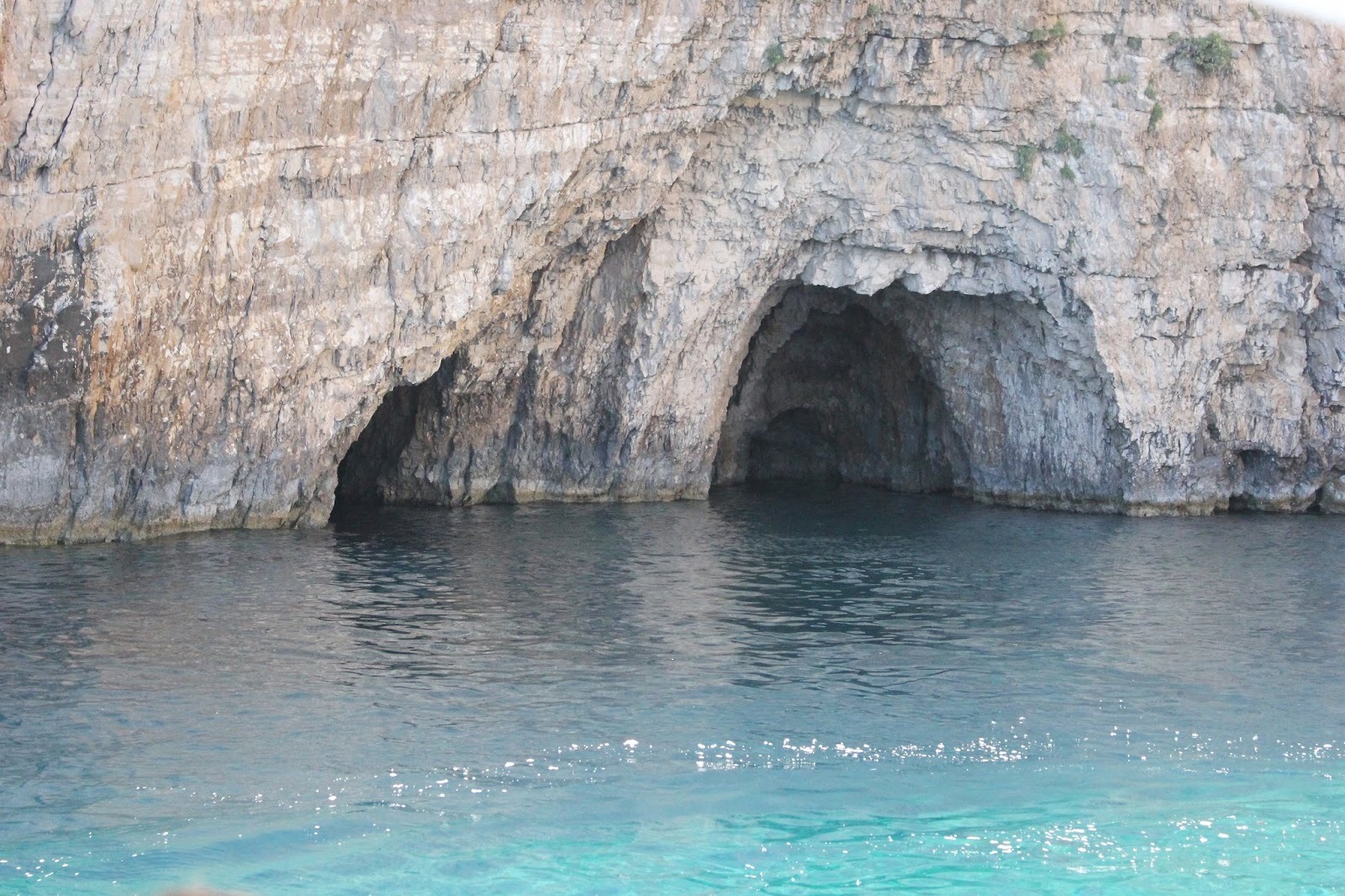 Georgie Minter-Brown blogger actress travel zante tsilivi holiday photo diary sea beach relax boat keri caves