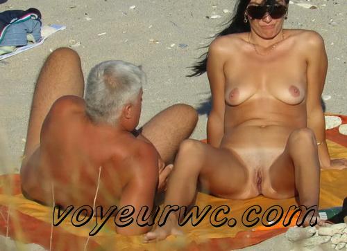 Nudist women sunbathing naked on the public beaches world wide (Spy-Beach 05-08)