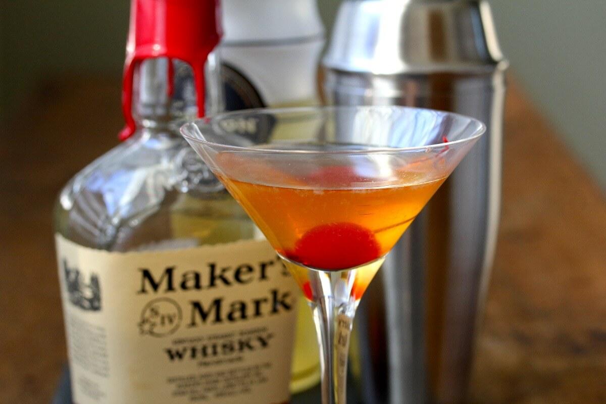 Bourbon Ginger Gold Rush Cocktail