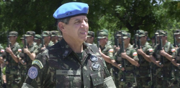 General vê discriminação contra militares: 'país luta contra todos os preconceitos, menos contra esse'