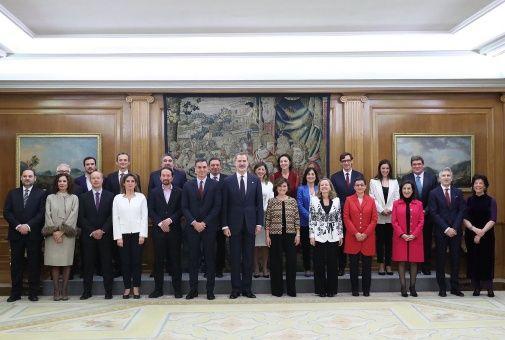 Nuevo Gobierno español se presenta ante el rey