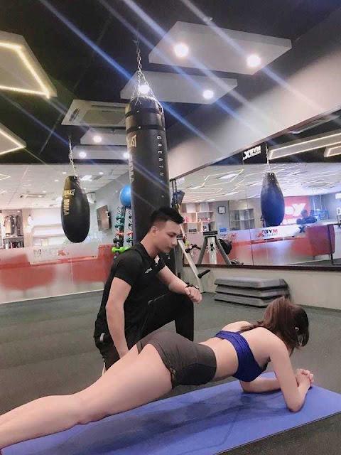 """""""Bỏng mắt"""" với thân hình cực chuẩn của nữ streamer kiêm """"hot girl phòng gym"""" Thanh Hằng!"""
