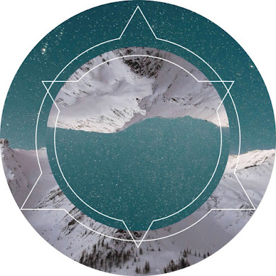 افتار مواقع التواصل جبال مغطاه بالثلوج مع النجوم معدله