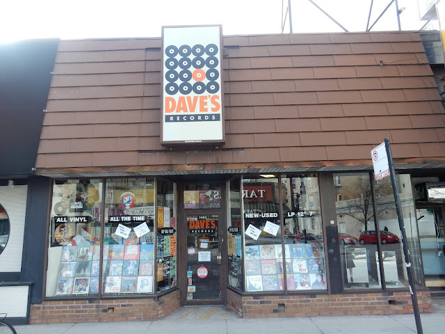Dave's Records Lincoln Park Chicago Illinois Store Front