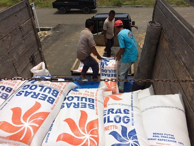 Untuk 3 Bulan, Bulog Salurkan 277,2 Ton Raskin di Banda Aceh