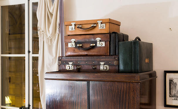 valises cuir vintage appartement brocante meubles chinés décoration