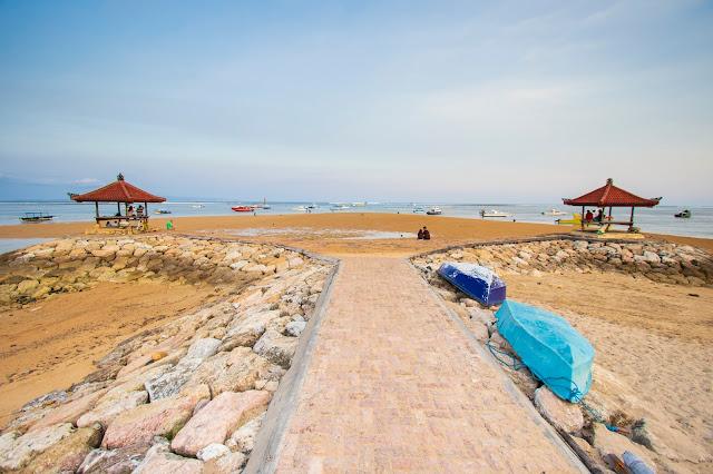 Lungomare e spiaggia di Sanur, Bali