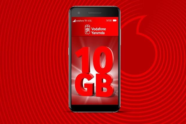 Vodafone, müşterilerine birçok işlemde Mayıs boyunca en az 10 GB hediye ediyor.