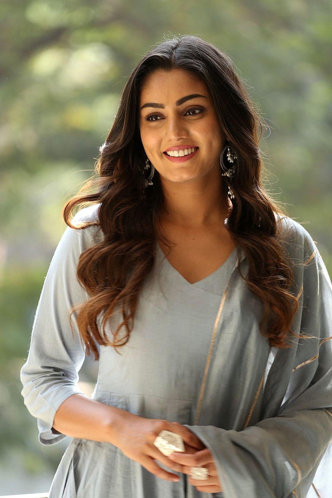 Latest Photo Gallery: Kannada Actress Ramya Hot and Sexy