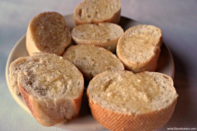 Pan con Mantequilla en el Library Restaurant en Portsmouth, NH