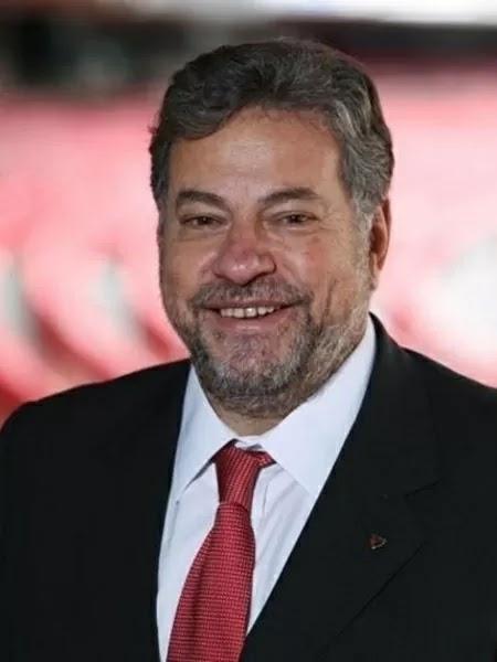 Atual presidente assinou contrato do SPFC com namorada de Aidar em 2014