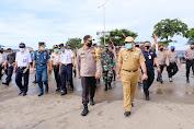 Kunjungan ke Bone, Kapolda Cek Langsung Pos Pengamanan Ops Ketupat Covid-19 di Pelabuhan Bajoe