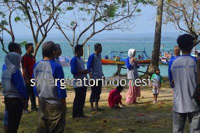paket wisata pulau liwungan tanjung lesung
