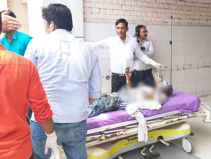 """Person-sets-himself-on-fire-in-CM-Khattar-Jan-Aashirwad-Yatra-सीएम खट्टर की """"जन आशीर्वाद यात्रा"""" में शख्स ने खुद को लगा ली आग"""
