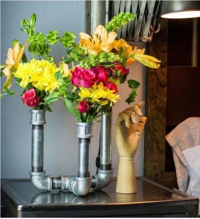 Vas bunga dari pipa baja