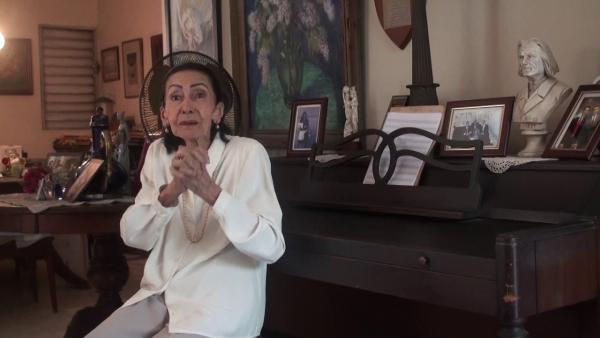 El Ministro de Cultura lamenta el deceso de la profesora Aura Marina del Rosario