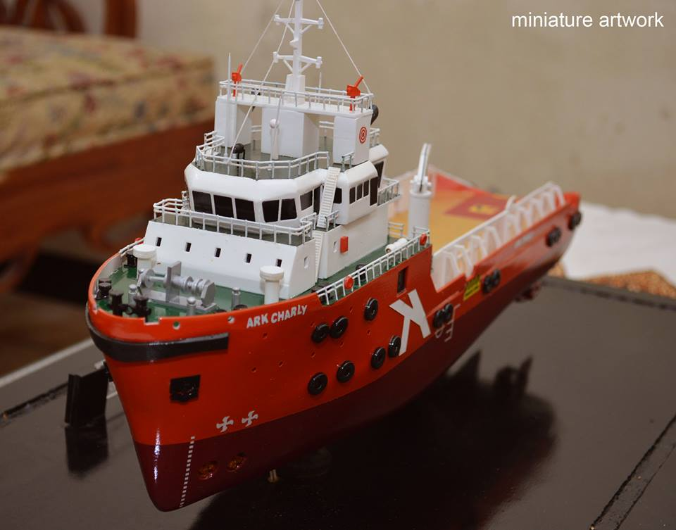 Kapal Ark Charly